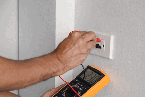 testing voltage of electrical outlet with multimeter