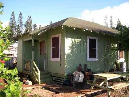 plantation style home on maui